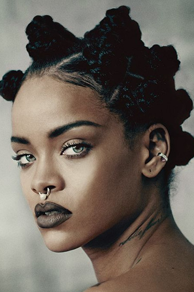 Rihanna_septum_fake_3.jpg