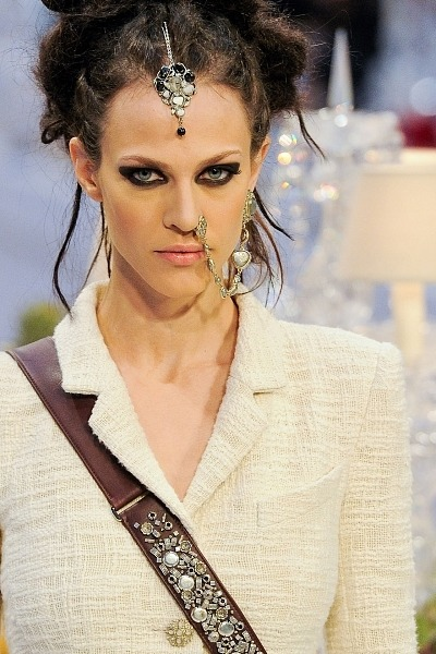 Chanel-2012-fake-nose-ring.jpg
