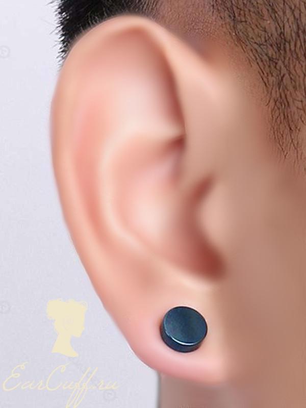 Три черные обманки для ушей