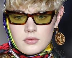Серьги обманки от Versace