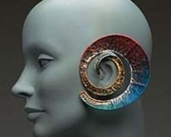 Каффы-спирали на выставке сережек в Сан-Франциско