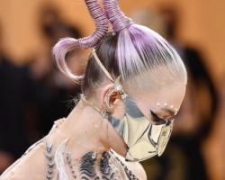 7 самых запоминающихся каффов на Балу моды Met Gala 2021